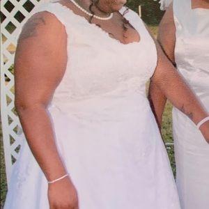 David's Bridal Dresses - White Wedding Dress